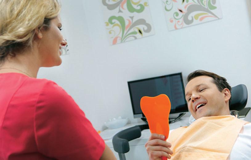 Bruno wpadnie w oko sympatycznej pani stomatolog /Świat Seriali
