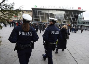 Brutalne ataki na kobiety w Niemczech. Telewizja zataiła prawdę