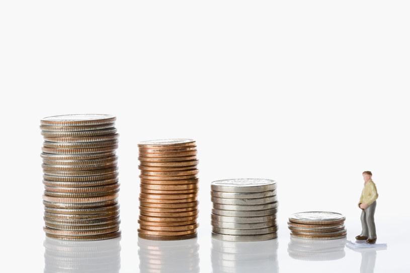 Brutto czy netto, czyli dwa światy finansów /© Glowimages