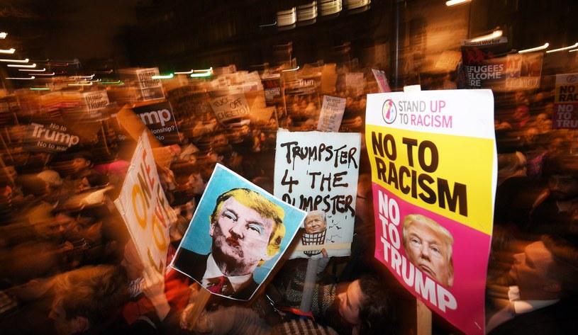 Brytyjczycy protestują przeciwko dekretowi Trumpa /PAP/EPA