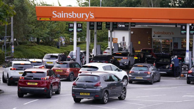 Brytyjscy kierowcy szturmują działające stacje /Danny Lawson/PA Images /Getty Images