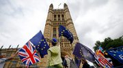 Brytyjscy ministrowie wzywają do jedności, krytykując UE