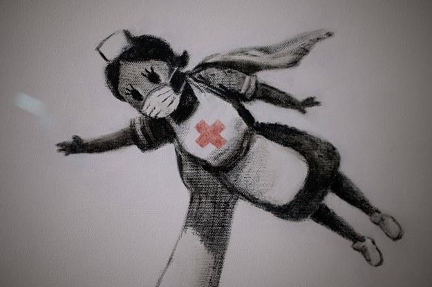 Brytyjska pielęgniarka walcząca z koronawirusem /Photoshot    /PAP/Photoshot