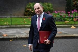 Brytyjski minister: Nie rezerwujcie jeszcze zagranicznych wakacji