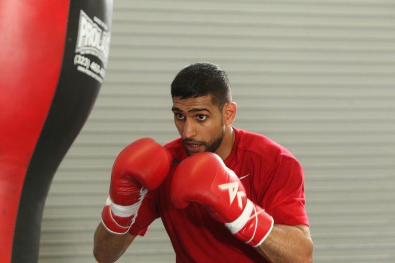 Brytyjski pięściarz Amir Khan /AFP