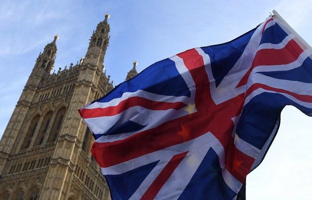Brytyjski rząd przedstawił procedurę ubiegania się o status osiedleńca / ANDY RAIN /PAP/EPA