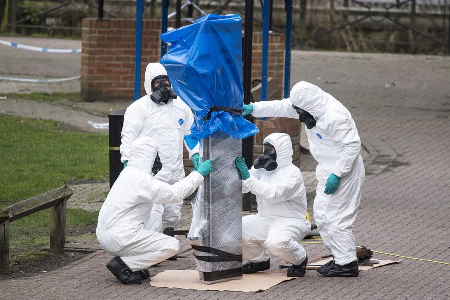 Brytyjskie media: Czworo Rosjan, w tym kobieta, stoi za atakiem na Skripalów /WILL OLIVER  /PAP/EPA
