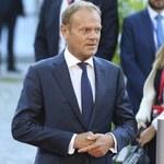 Brytyjskie media ostro o Tusku: Pacan, znowu drwi z May