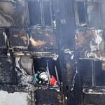 Brytyjskie media wytykają błędy straży pożarnej w trakcie pożaru Grenfell Tower