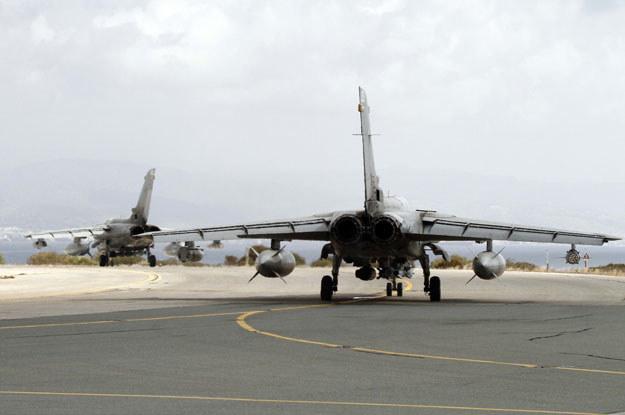 Brytyjskie myśliwce w bazie Akrotiri /AFP