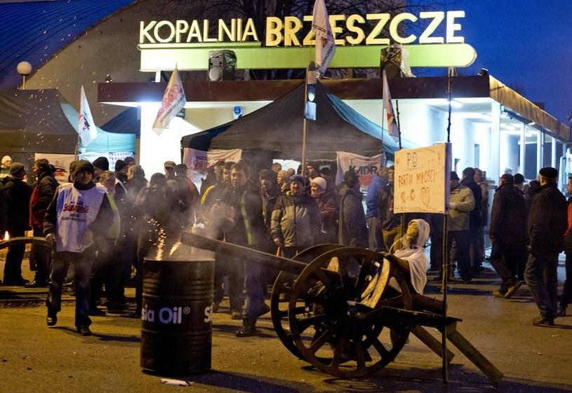 Brzeszcze - akcja protestacyjno-strajkowa gorników przeciwko likwidacji kopalni /Piotr Tracz /Reporter