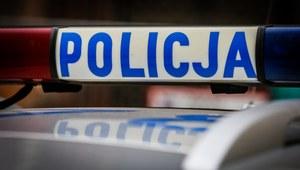 Brzeziny: Radiowóz w rowie. Ranni policjanci