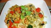 Bucatini z cukinia, pomidorkami i odrobina pesto; komentarze
