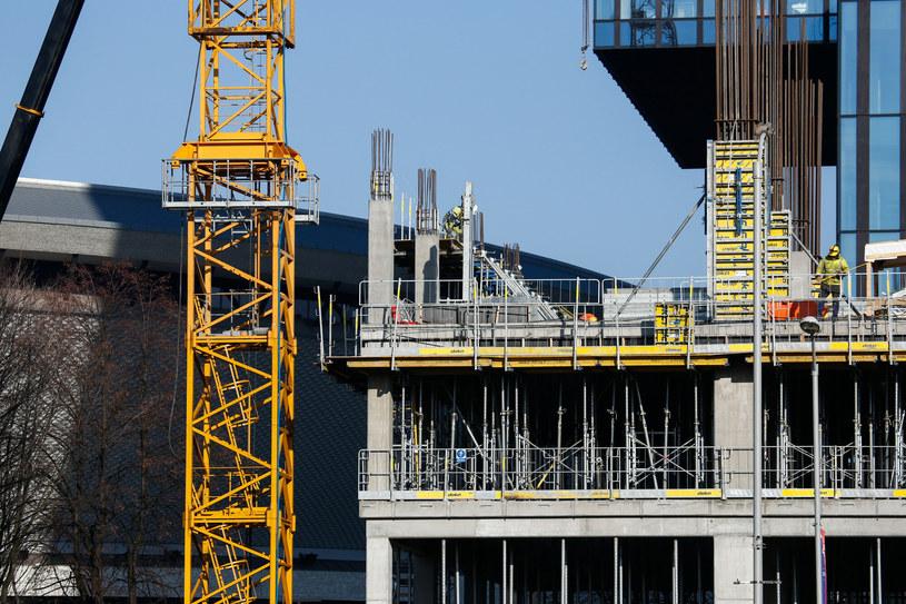 Budowa biurowca KTW II w Katowicach /Tomasz Kawka /East News