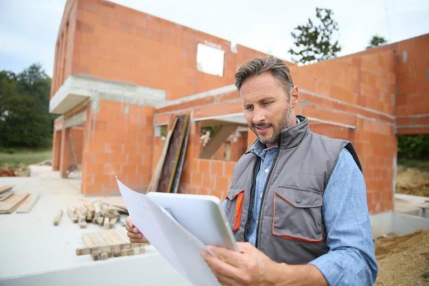 Budowa domu to wielkie wyzwanie /©123RF/PICSEL