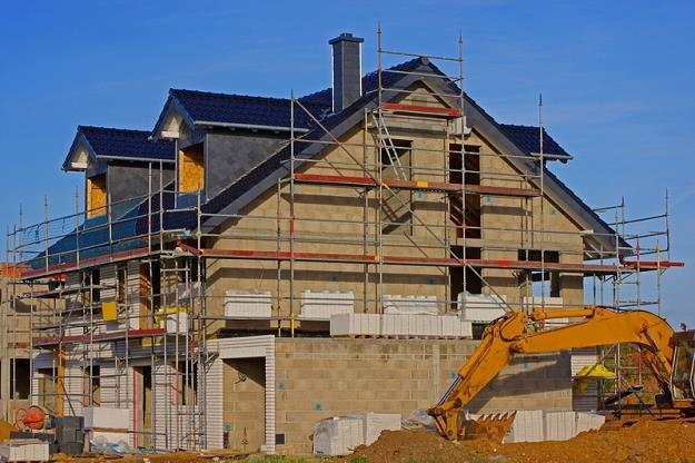 Budowa domu wiąże się z większymi trudnościami /© Panthermedia