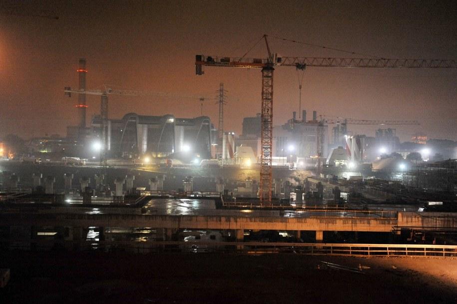 Budowa dworca nocą /Agnieszka Wyderka /RMF FM