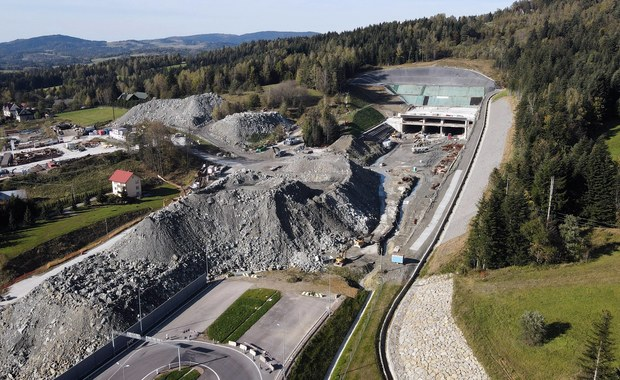 Budowa nowej zakopianki. Termin oddania tunelu zagrożony?