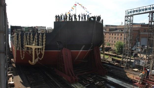 Budowa okrętu Akademik Łomonosow rozpoczęła się w 2007 r. W 2016 r. statek ma być gotowy /AFP