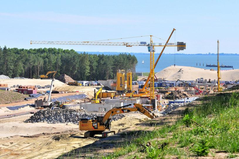 Budowa przekopu na Mierzei Wiślanej /Stanislaw Bielski/REPORTER /Reporter
