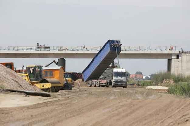 Budowa węzła autostrady A2 /PAP