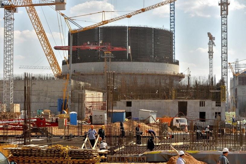 Budowana przez Rosjan siłownia powstaje w miejscowości Ostrowiec około 50 kilometrów od Wilna /East News