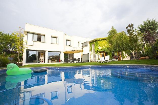 Budownictwo ekologiczne jest droższe od tradycyjnego /©123RF/PICSEL