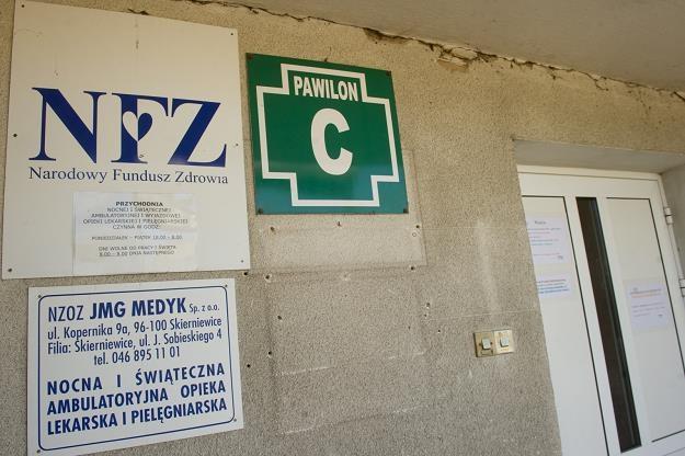 Budynek ambulatorium w Skierniewicach /PAP