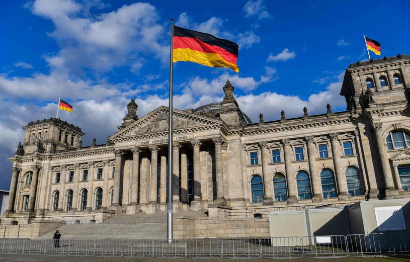 Budynek Bundestagu w Berlinie /JOHN MACDOUGALL/AFP /East News