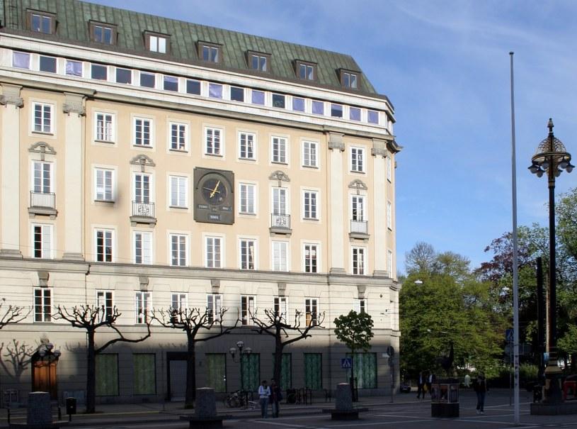 Budynek dawnego banku, w którym doszło do napadu mającego bardzo nietypowe skutki /WikimediaCommons /domena publiczna