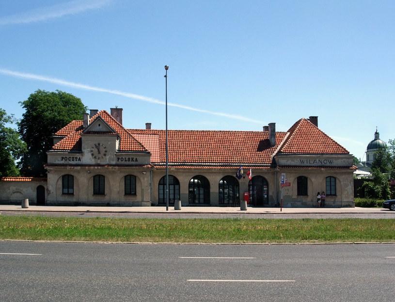 Budynek dawnego dworca Kolei Wilanowskiej /Krzysztof Chojnacki /East News