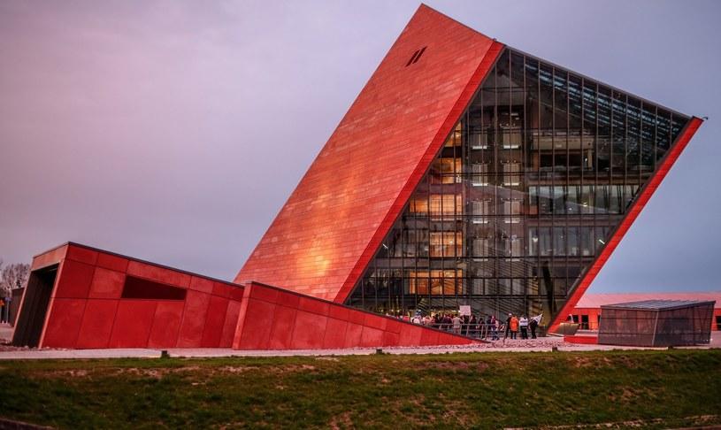 Budynek Muzeum II Wojny Światowej w Gdańsku /KAROLINA MISZTAL/REPORTER /Reporter