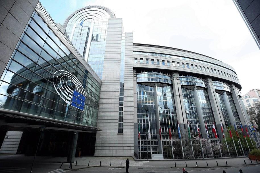 Budynek Parlamentu Europejskiego w Brukseli /PAP/Abaca