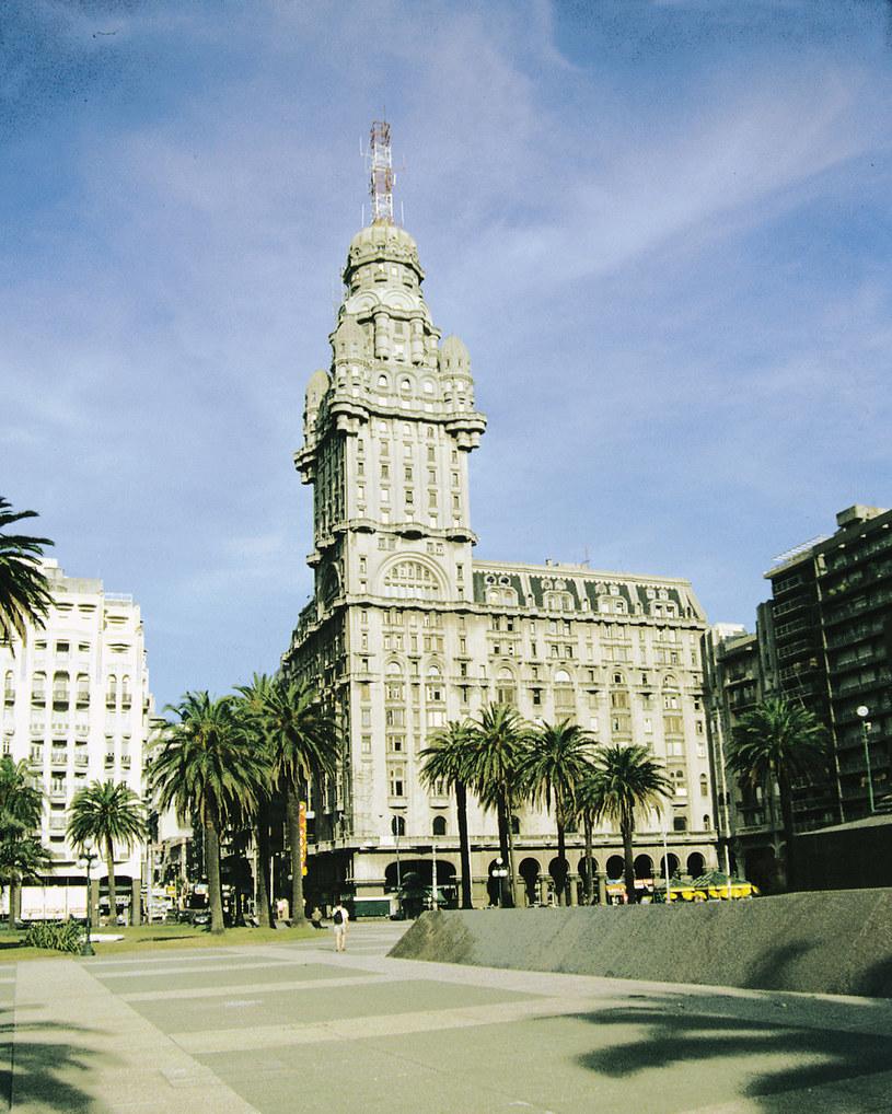 Budynek poczty w Montevideo /Agencja FORUM