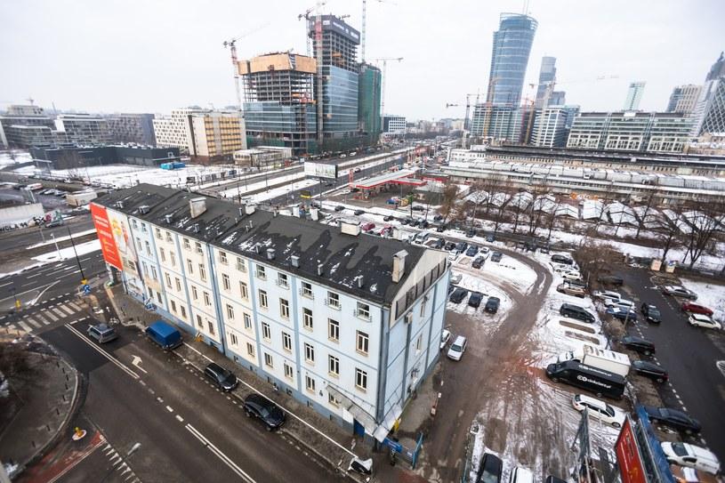 Budynek przy ul. Srebrnej 16 /Adam Burakowski /Reporter