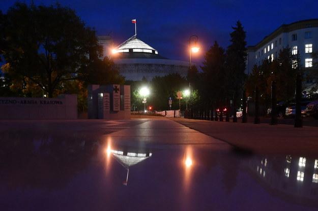 Budynek Sejmu /Radek Pietruszka /PAP