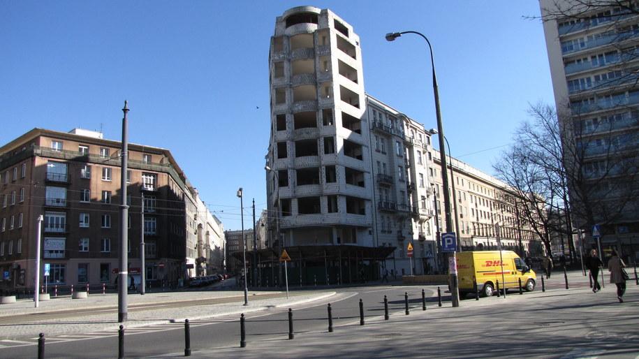 Budynek szpieci centrum Warszawy już 20 lat /Monika Gosławska /RMF FM