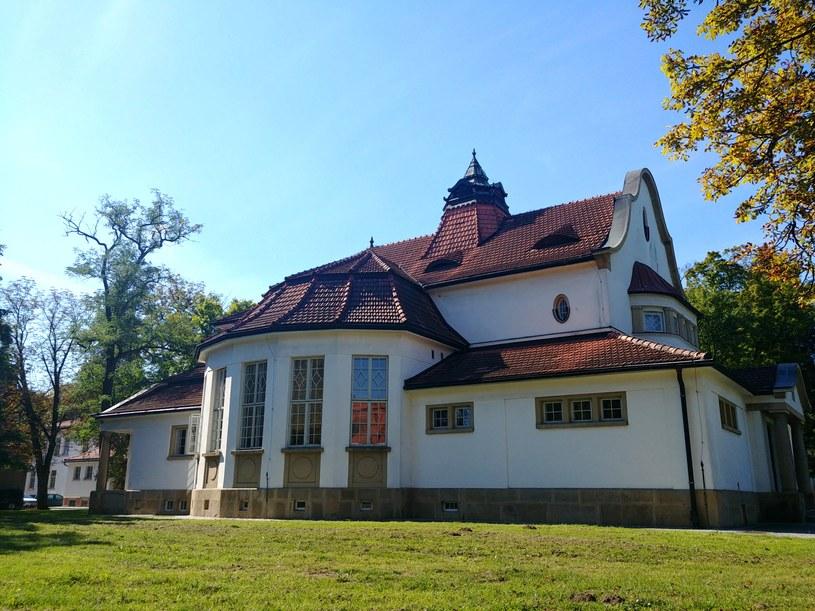 Budynek teatru na terenie Szpitala Klinicznego w Kobierzynie. Wrzesień 2019 /Ewelina  Karpińska-Morek /INTERIA.PL