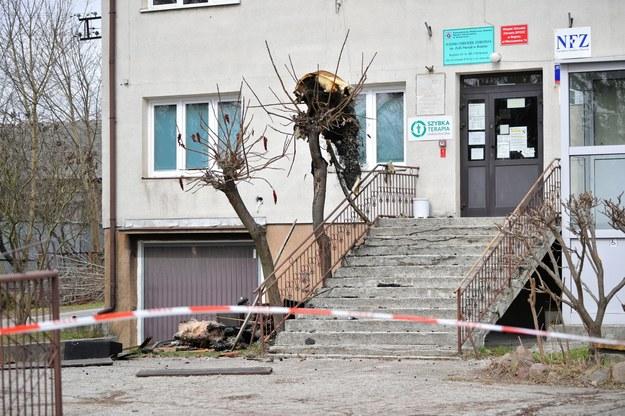 Budynek, w którym wybuchł pożar /Przemysław Piątkowski /PAP
