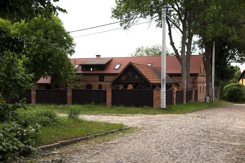 Budynek w Tucznie należący do ministra Jana Szyszki / Marian Sadkowski  /Reporter