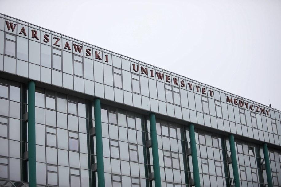 Budynek Warszawskiego Uniwersytetu Medycznego / Leszek Szymański    /PAP