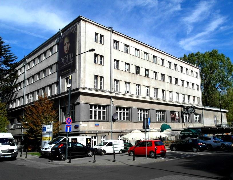 Budynek YMCA przy ulicy Konopnickiej w Warszawie /Krzysztof Chojnacki /East News