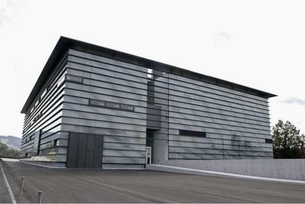 Budynek z tunelem powietrznym / Kliknij /INTERIA.PL