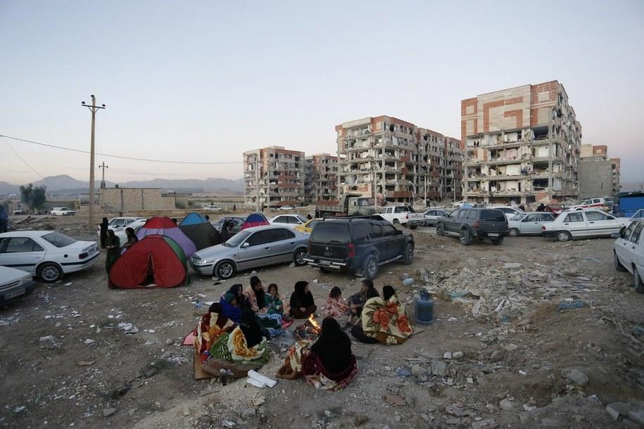 Budynki zniszczone przez trzęsienie ziemi /POURIA PAKIZEH /PAP/EPA