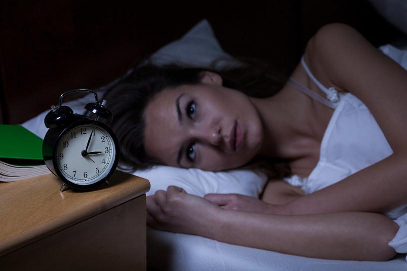 budzenie się o trzeciej w nocy /© Photogenica