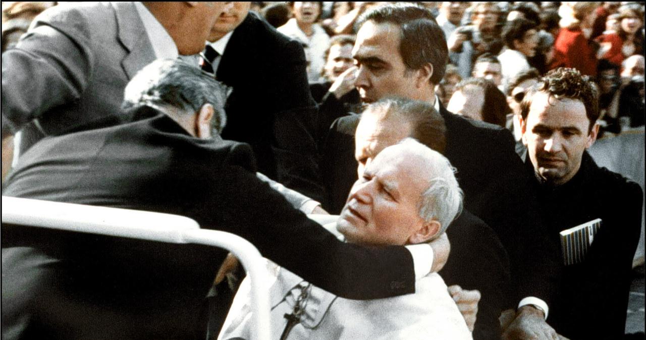 """""""Bułgarski ślad"""" ws. zamachu na Jana Pawła II. Oskarżony zmarł w nędzy"""