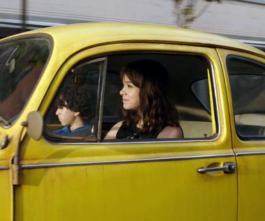 """Bumblebee"" [trailer]"