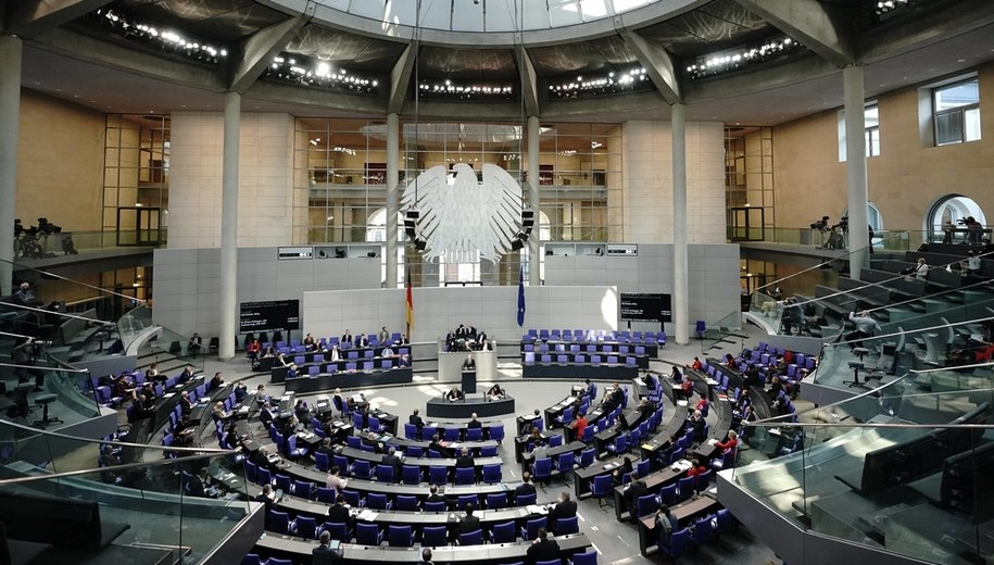 Bundestag /MICHAEL KAPPELER /PAP/EPA