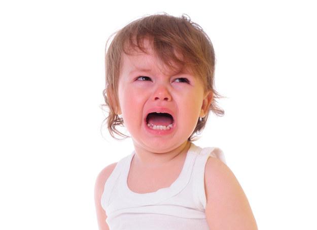 Bunt jest wpisany w rozwój każdego dziecka. /123RF/PICSEL