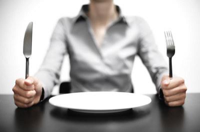 Burczy mi… w mózgu – skąd nasze ciało wie, że jest głodne? /© Photogenica